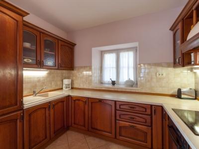 Traditional wooden kitchen in the Villa Mir Vami