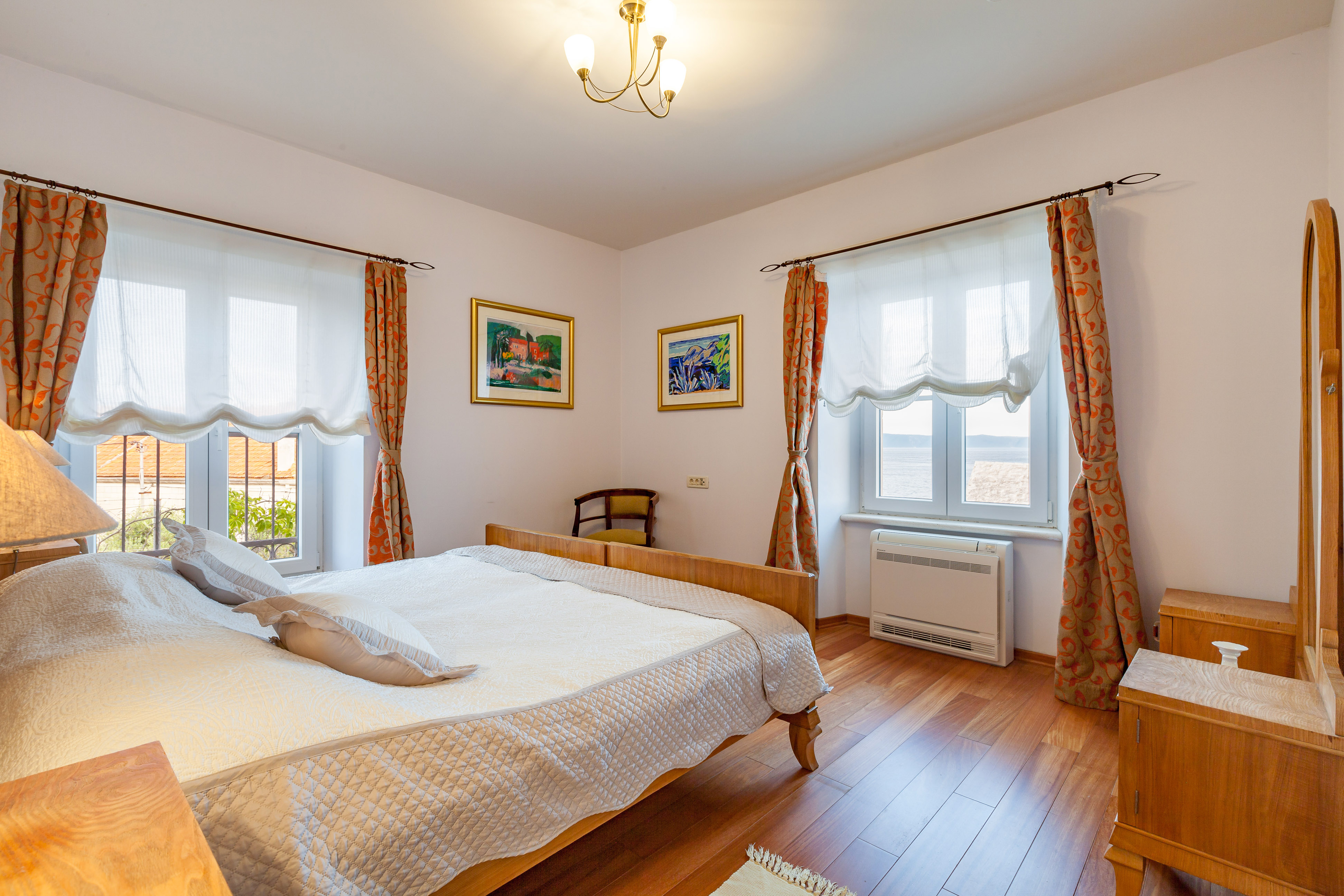Double bedded room in the Villa Mir Vami