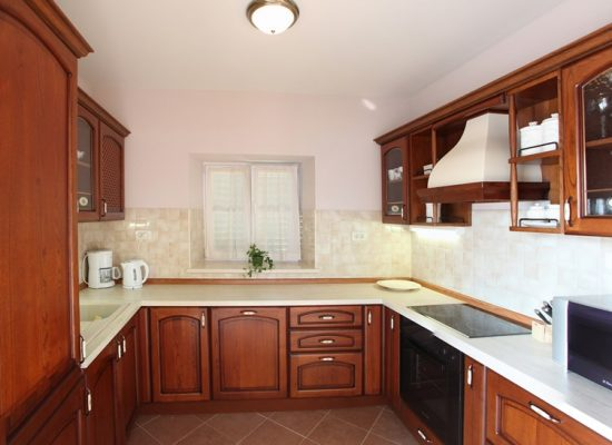 Kitchen in Villa Mir Vami |Villa for rent in Croatia